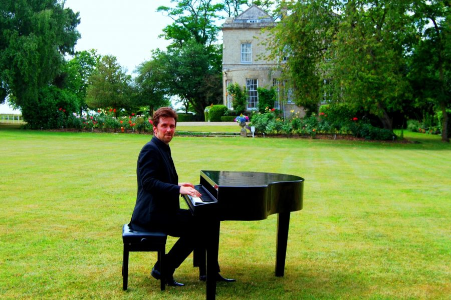 Barnston Lodge Pianist Wedding