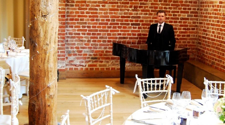 Gaynes Park Essex Wedding Pianist Phillip Keith