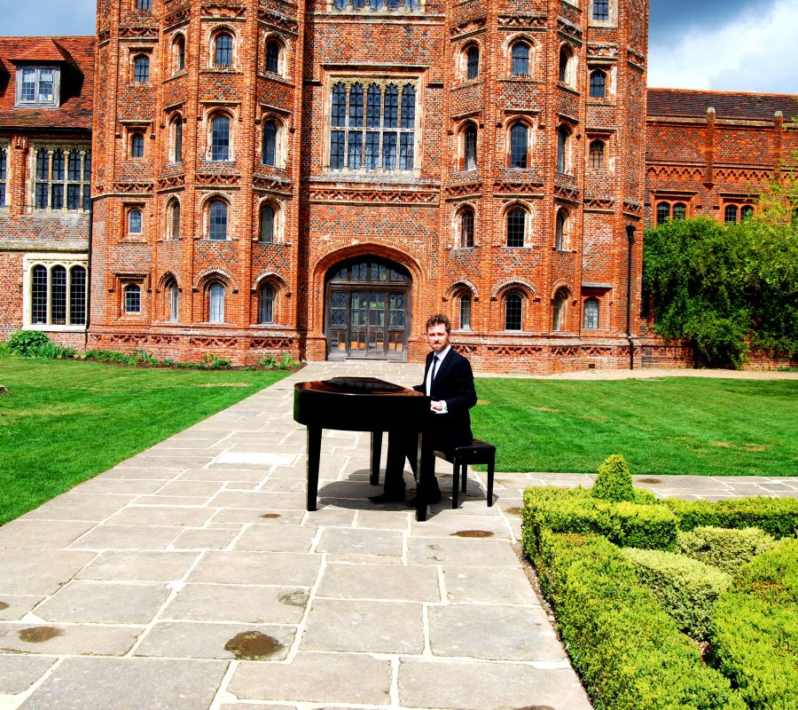Layer Marney Tower Wedding Pianist Phillip Keith.....