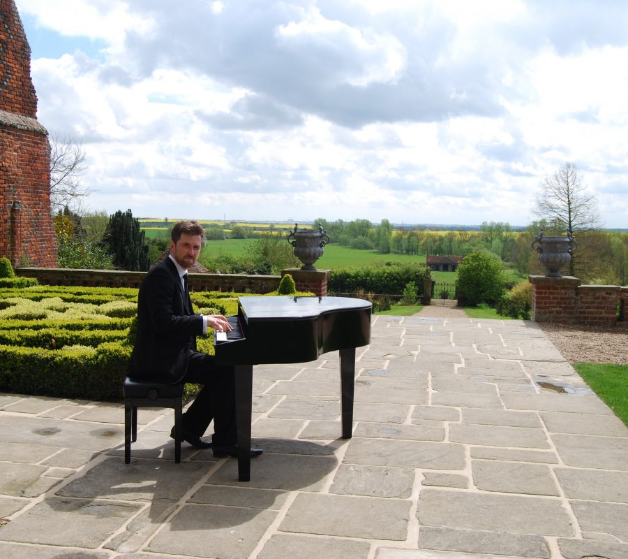 Wedding Pianist Layer Marney Tower Phillip Keith..